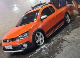 Título do anúncio: Saveiro Cross 2015 laranja rodas 18