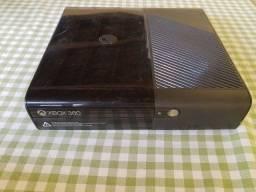 Xbox 360 destravado com luz vermelha