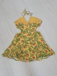 Mini vestidos estampados e lisos , vestem 38 FARM, Hollister e Abercrombie.