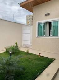 Casa no bairro Cordeiro 400mil