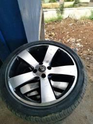 Rodas 17 com pneu novos.