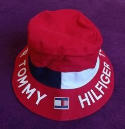 Chapéu bucket Tommy Hilfiger vermelho dupla face