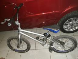 Bicicleta cross