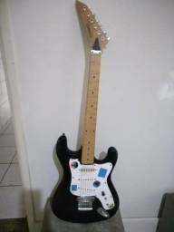 Guitarra Dinamic 170,00