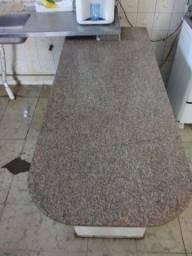 Pedra de granito sem pé