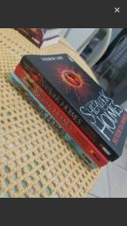 3 coleções de livros