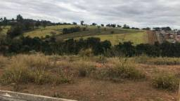 Terreno localizado no Valle dos Coqueiros em Varginha - MG