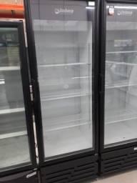 Expositor VRS-16 porta de vidro preto 220v Imbera