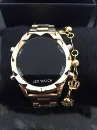 Relógio digital feminino