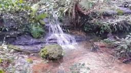 Cahacaras parcelada a 12 km do Centro próximo a lagoa quente