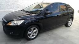 Focus 2011 * Hatch 2.0 GH *Automatico* Air Bags* ABS* Rodas* Pn. Novos