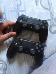 2 controles de PlayStation 4 ( Leia o anúncio)
