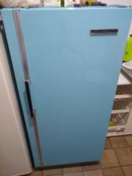 Tv + geladeira