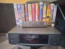 Video cassete e fitas de desenhos