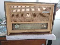 Rádio e Vitrola Philips transistorizada anos 60