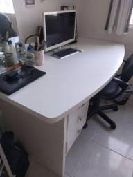 Mesa escritório MDF reforçado + Cadeira grande