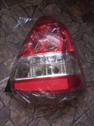 Lanterna do Toyota Etios sedan original lado direito