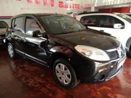 Renault Sandero Expression 1.6 Preto