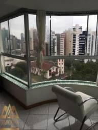 Apartamento de 2 dormitórios no centro de Torres