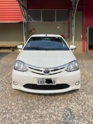 Toyota etios xls 1.5 automático