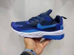 Tênis Nike Air270
