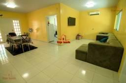 Linda Casa no Campos Eliseos com 5 Qts s 3 Suites Semimobiliada e Climatizada Piscina
