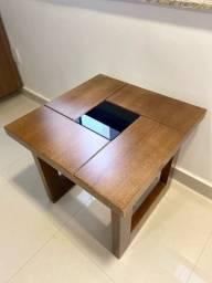 Mesa de madeira fino acabamento
