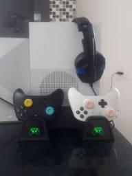 Xbox one S 1TB / 4 meses uso