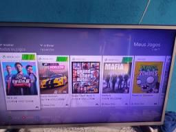 Xbox 360 - com 7 jogos digitais