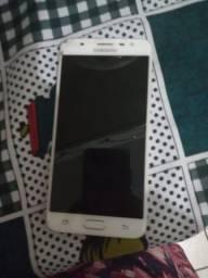 Vendo este celular j 7prime
