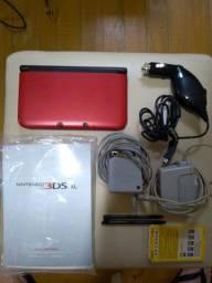 Nintendo 3DS XL Vermelho - COMPLETO / USADO - bloqueado com jogos na memória