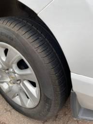 Chevrolet Spin LTZ muito nova 2015