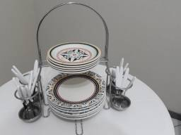 Porta pratos e talheres em Inox