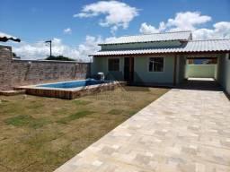 Casa com piscina em Unamar