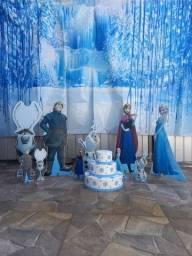 Kit Festa Frozen 12 peças usado em excelente estado (banner, display, bolo fake)
