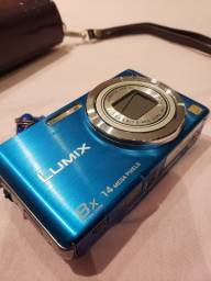 Panasonic Lumix DMC-FH20