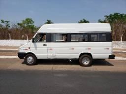 Vende-se Micro ônibus Iveco Daily 3510