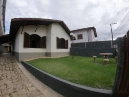Casa p/8 pessoas, 2 dormitórios- WIFI - 450 m da praia Maranduba