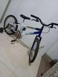 Vendo bicicleta aro 20 ou troco por algo do meu interesse