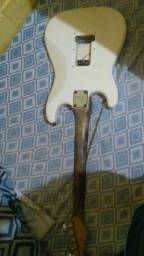 Guitarra ( para sucata )
