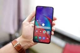 Samsung Galaxy M31 128GB Preto 4G-6GB RAM Tela 6,4? Câm. Quádrupla + Selfie 32MP<br><br>