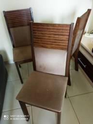 Vendo seis cadeiras MDF