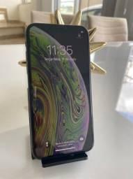 iPhone XS 64gb impecável , bateria 100% sem nenhum detalhe