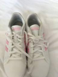 Tênis adidas original ? tamanho 34