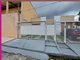 Em via Pública Casa com 2 Quartos Aguas Claras