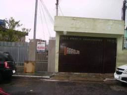 Sobrado com 1 dormitório para alugar por R$ 750/mês - Vila Buenos Aires - São Paulo/SP