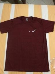 Camisa Nike Sport para academia, futebol ou qualquer exercício