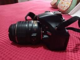 Nikon D5200 Dslr + Lente 18-55 + Cartão De Memória 32gb +bag