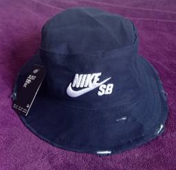 Chapéu bucket Nike