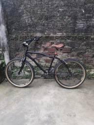 Bicicleta usada em ótimo estado.